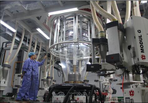 W & H 9 Schichtfolienextrusion Maschine wurde in Betrieb genommen